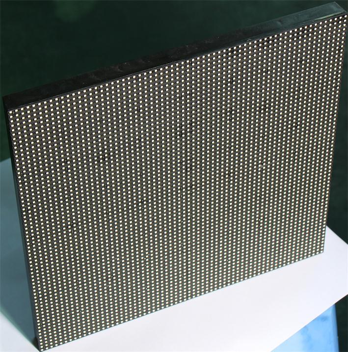 鄂州市新世界购物中心LED户外舞台屏专用P3.91租赁箱体(奥马哈)