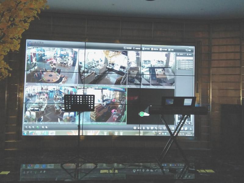 绵阳三之首餐饮连锁店液晶拼接屏项目