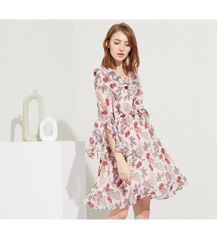湖南服装市场怎么样 加盟阿莱贝琳女装竞争大吗