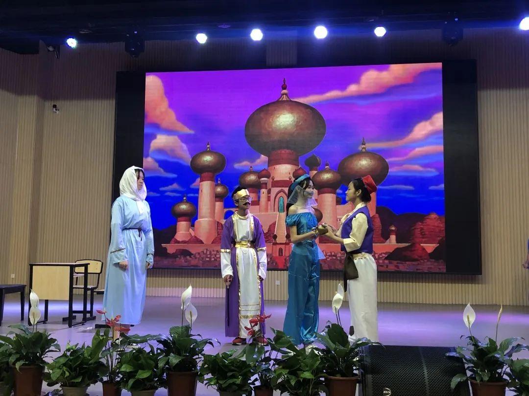 这一次,成都王府的孩子们,再次与世界学子并肩!