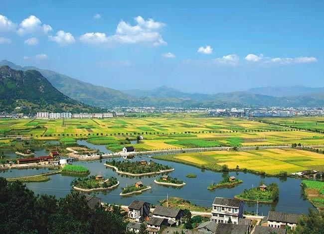 住建部:12月底前完成中国传统村落挂牌工作