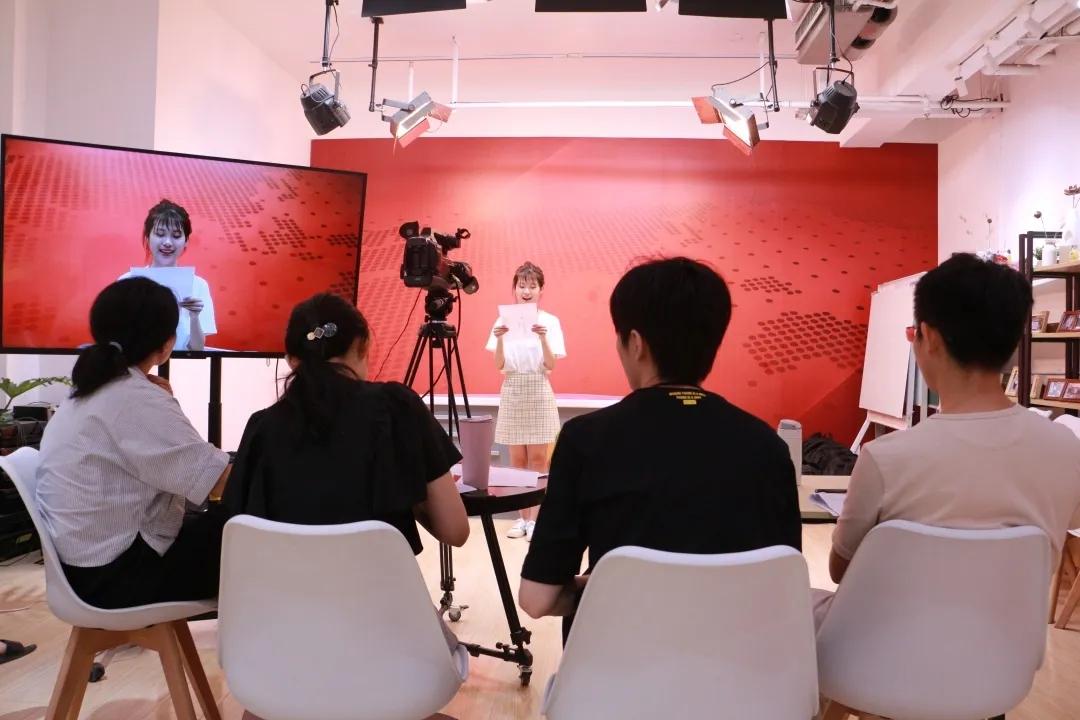 中传仕嘉杭州、包头校区 全程精英暑期班开启