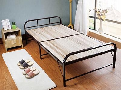 选择钢木家具时需要注意哪些问题?