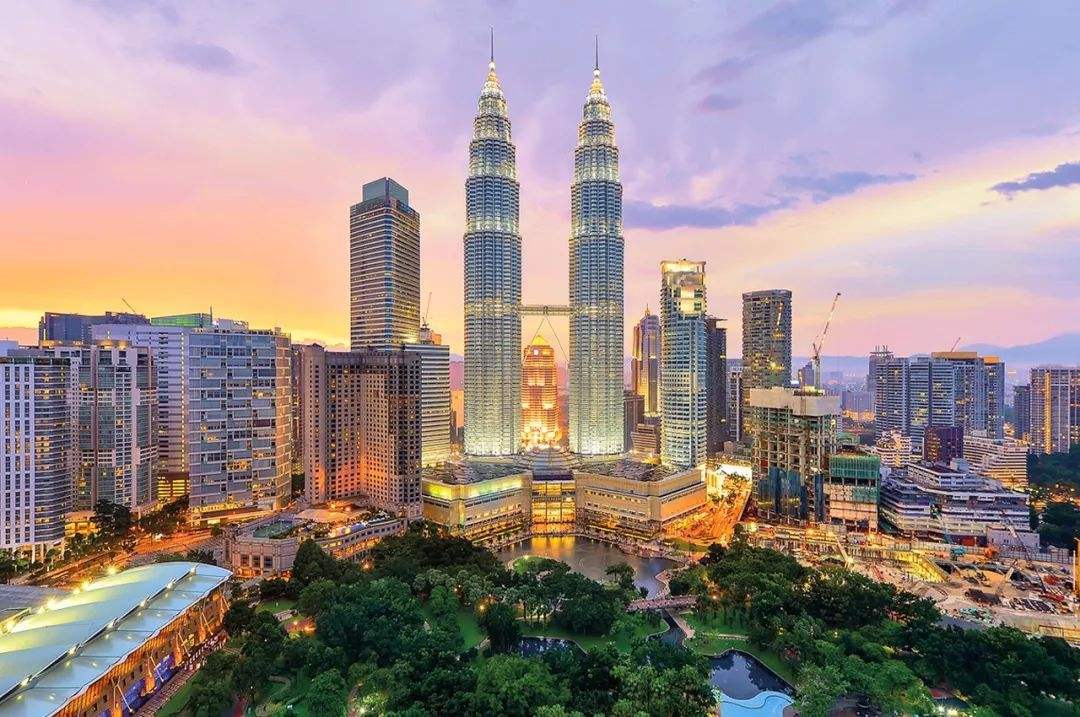 去马来西亚学计算机,首选亚太科技咯~