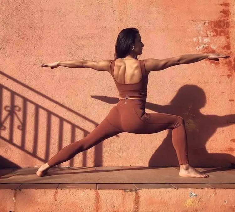 2个看似简单易懂的瑜伽体式,你真的做到位了吗?