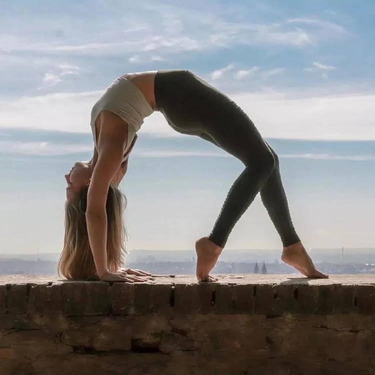为什么身体总感觉乏累没精神?1组瑜伽序列带你找到答案!