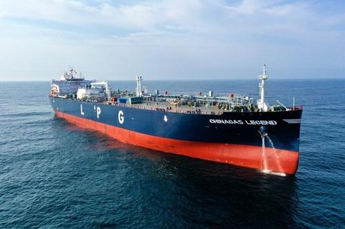 传奇!荣耀!中国贝博手机登录两艘国际领先VLGC命名下海