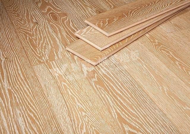 栎木地板特点及保养技巧
