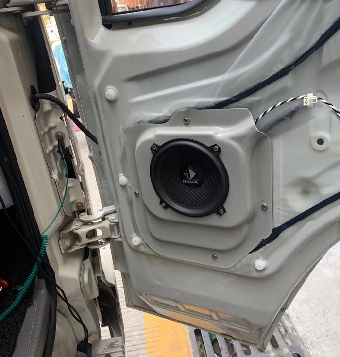 时代小卡之星Q2改装德国HELIX E52C.2两分频|既要放荡不羁,更要轻风细雨