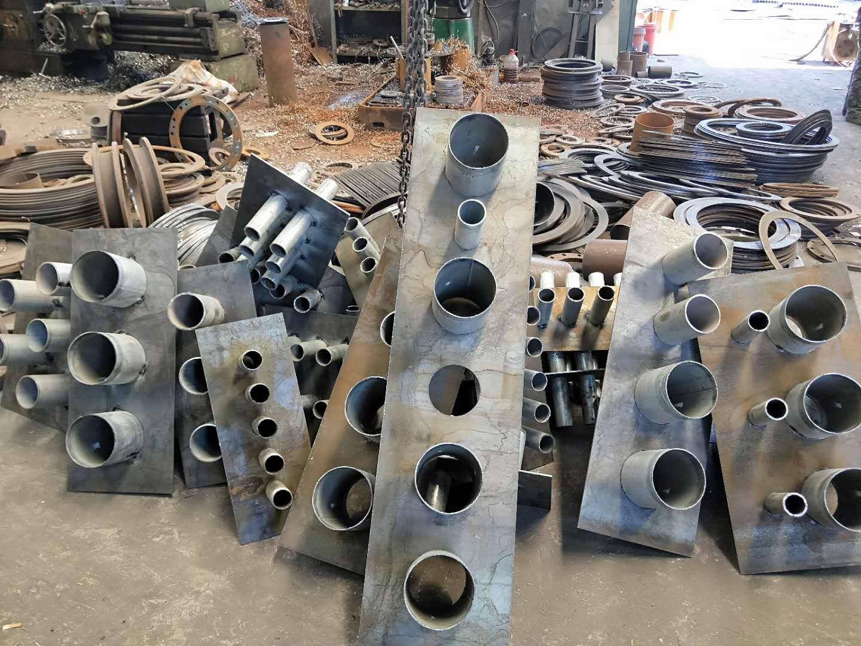 河南建筑通风管道密闭肋多排热镀锌防水套管生产厂家