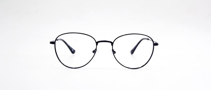 你真的适合佩戴大眼镜框吗?