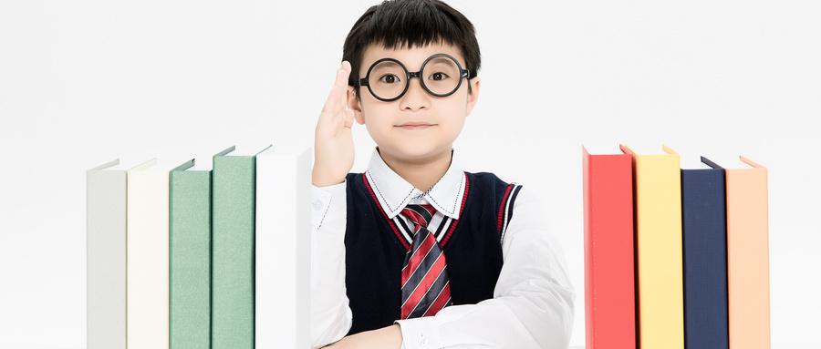 戴眼镜真的会越来越加深度数吗?
