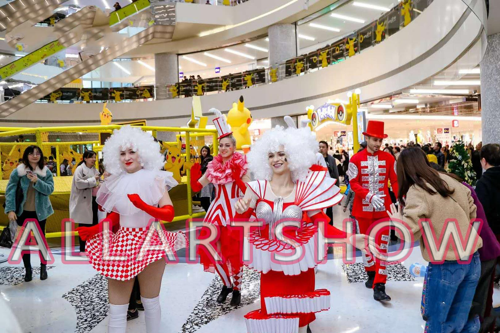 大型购物中心定制主题巡游——红星塔罗牌方队