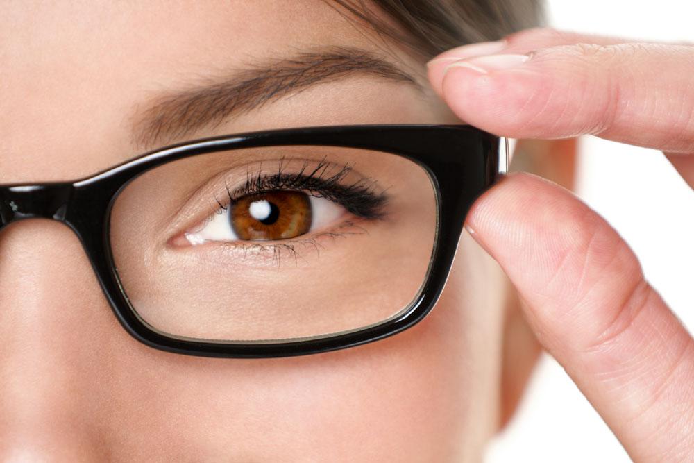 弱视戴上眼镜那一瞬间,整个世界变美了
