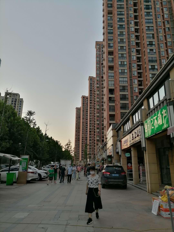 黄陂人信城临街旺铺超低价转让