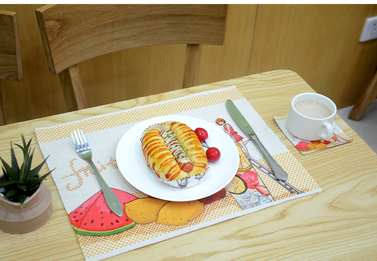 linen table placemats