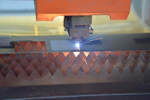 激光切割机的分类和处理工艺的基本要求