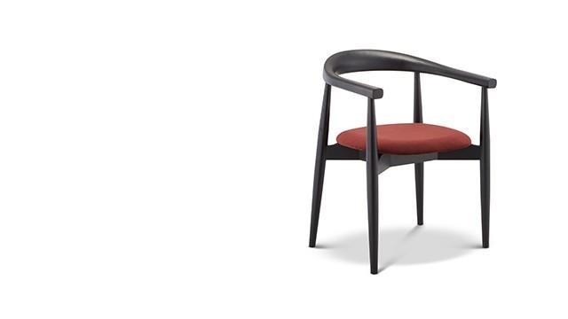 罗亚尔餐椅