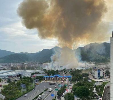 """浙江温岭槽罐车爆炸 专家:""""伤害比巡航导弹的威力还要大"""""""