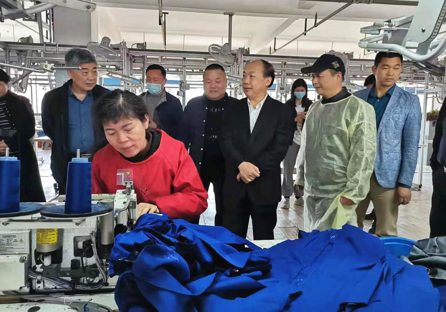 武汉市江夏区政协主席江小林一行调研世纪之鹰产业园
