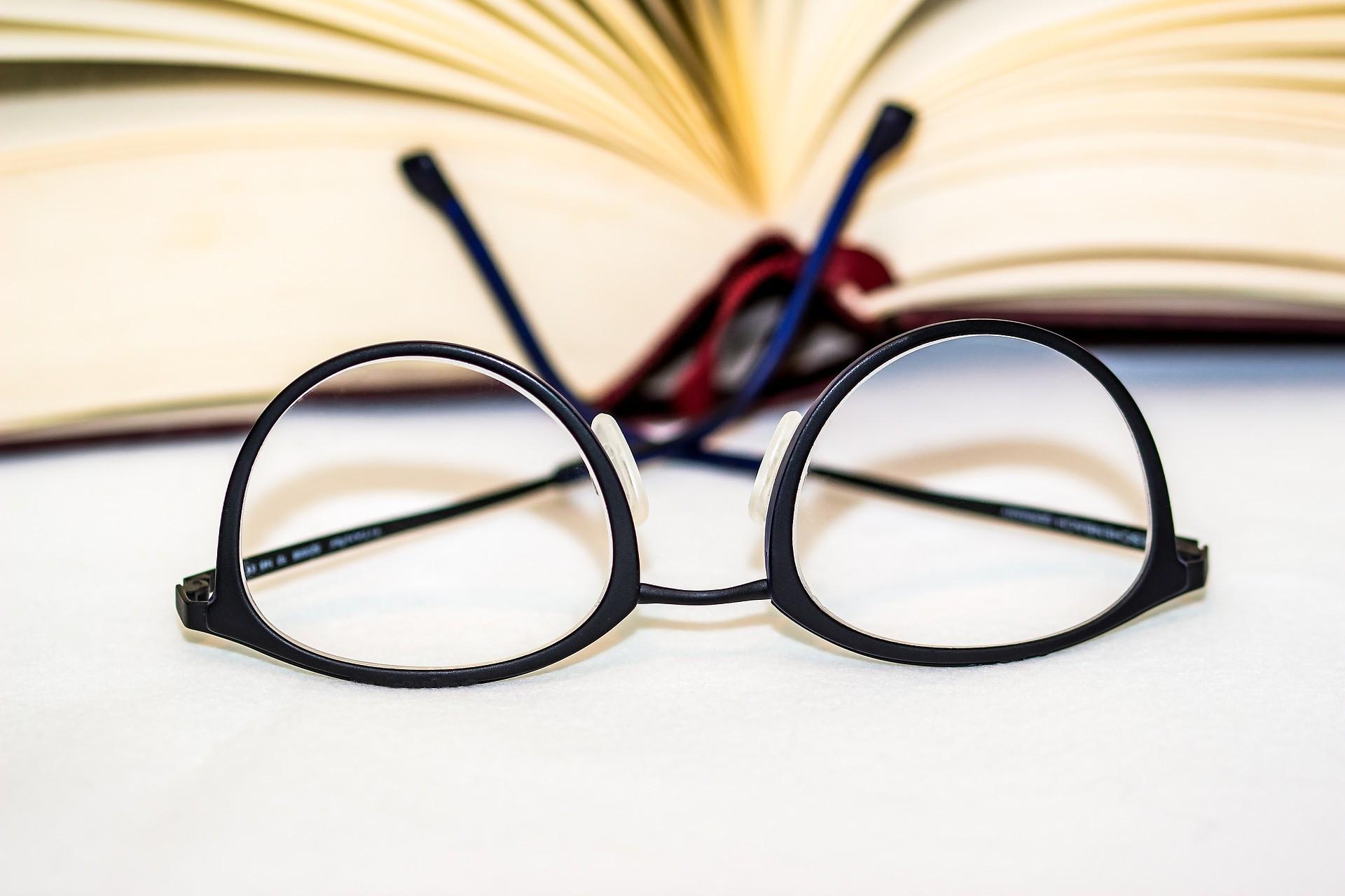 云镜台:配眼镜需注意的几个问题,别不注意了