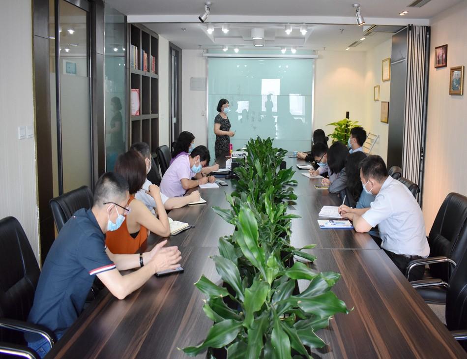 北京英国威廉希尔公司鸿图集团企业新闻——健康知识培训会