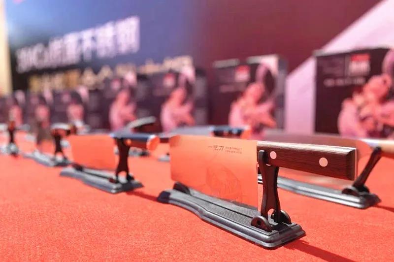 【企業動態】廣青科技助力刀剪企業成功研發300系抗菌不銹鋼熔覆刀