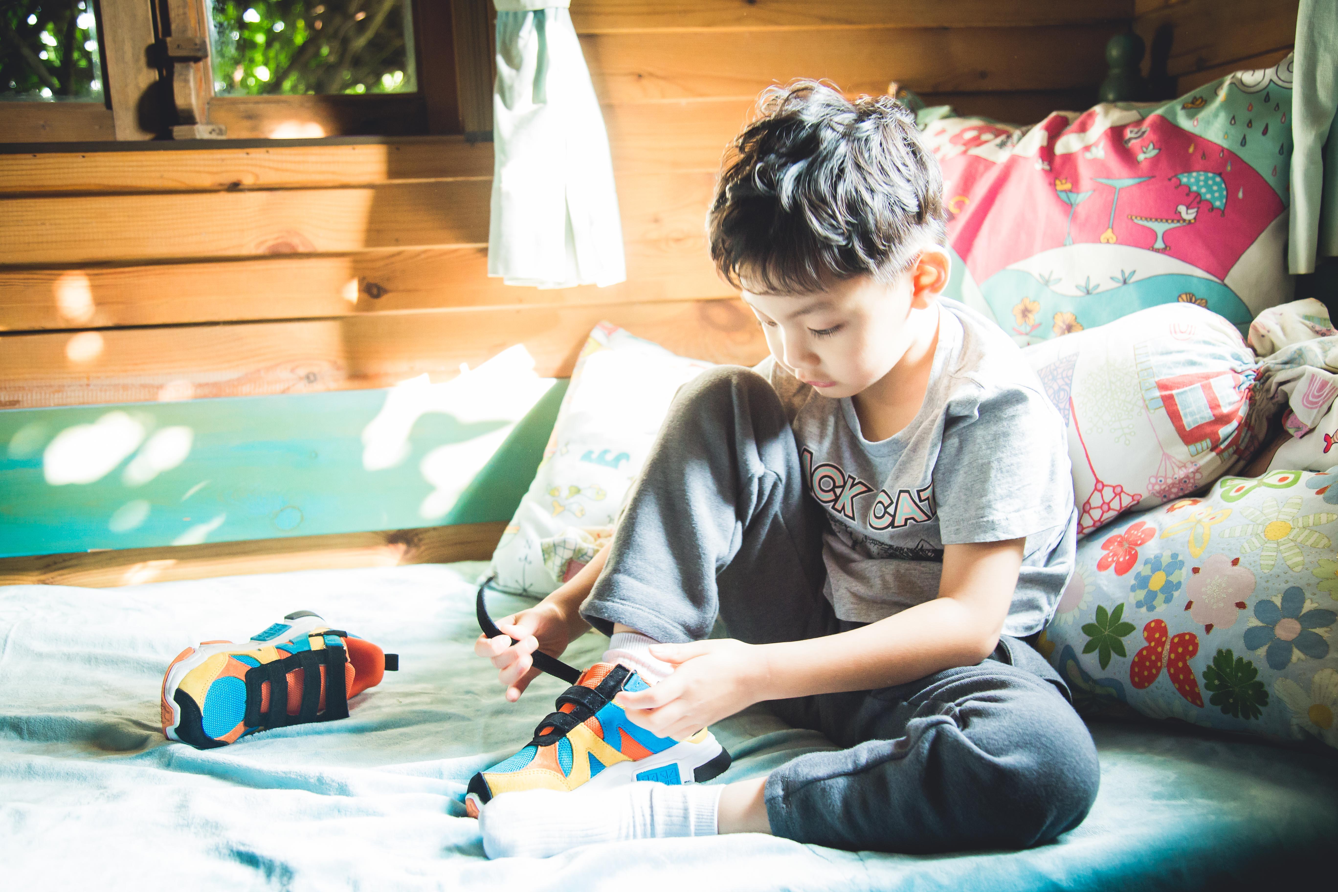 BANDZ班队长学系列学汉字款强势登场,创领童鞋时尚潮流!