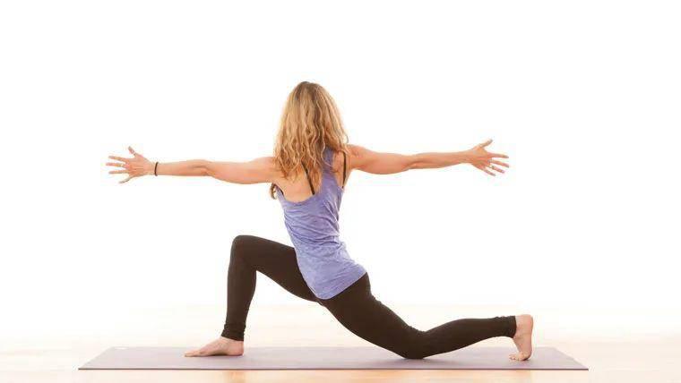 瑜伽系统培训之三伏天练瑜伽