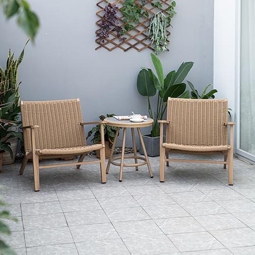 Rattan chair and table set for balcony / Раттан стул и стол, установленный для балкона