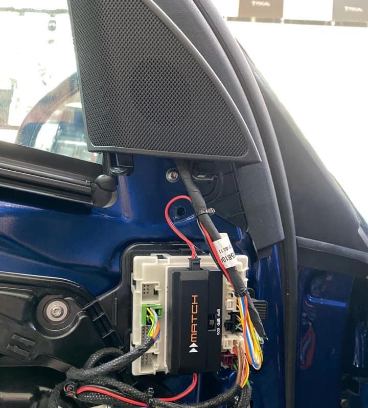 奔驰C200无损升级德国MATCH音响 | 叫醒你的不光有梦想,还有音乐!