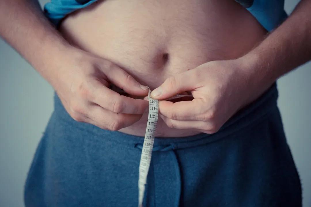 硬核科普   它能救命,也能让你发胖、爆痘、生大病!