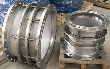 不锈钢伸缩器在管道中有哪些优点?