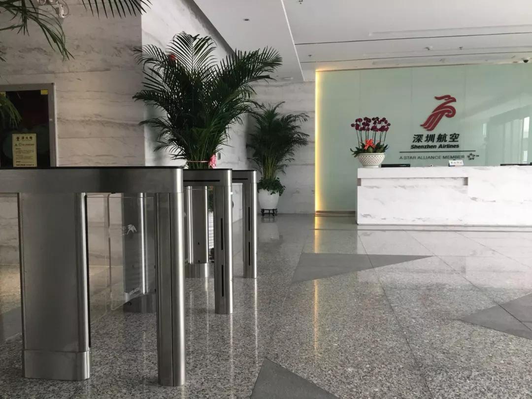 深圳机场股份有限公司及深圳航空公司办公大楼速通门正式启用,采用美国Megacom品牌
