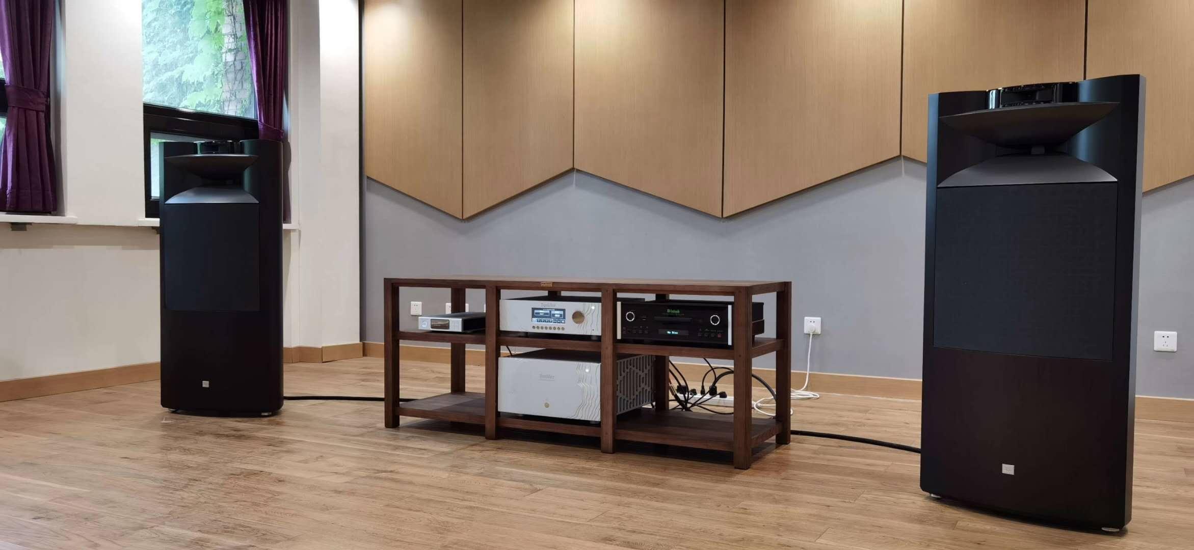 世界顶级品牌发烧音响进驻清华大学图书馆音乐鉴赏室