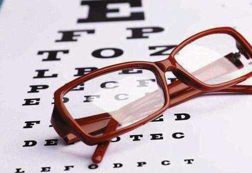 孩子的眼镜,究竟怎么佩戴才正确?