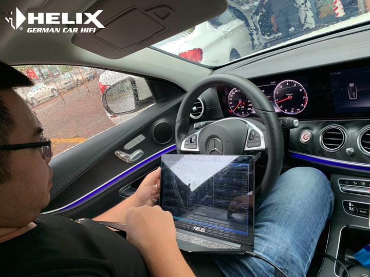 轻松玩转音乐世界!奔驰R400音响升级德国HELIX音响