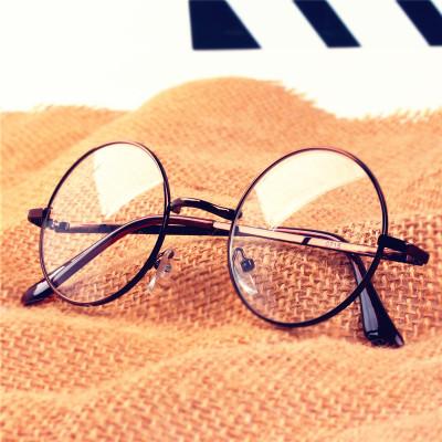 近视之后,千万千万别借戴别人的眼镜!不然会...
