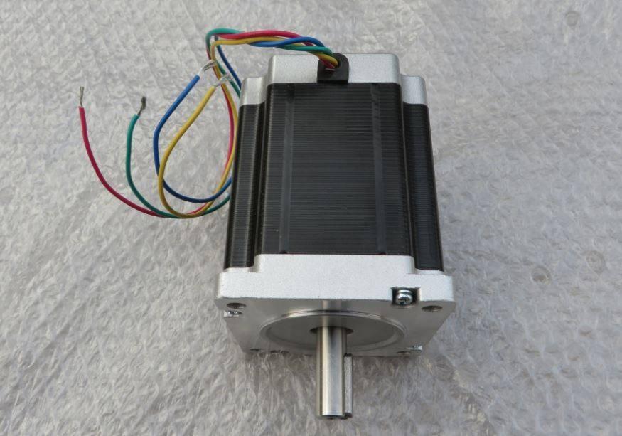 多台步进电机可以用一个驱动器控制吗?