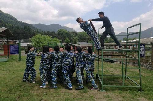 成都野外拓展_成都野外拓展训练_成都野外拓展培训