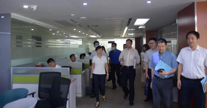 上海证券交易所莅临考察产业城
