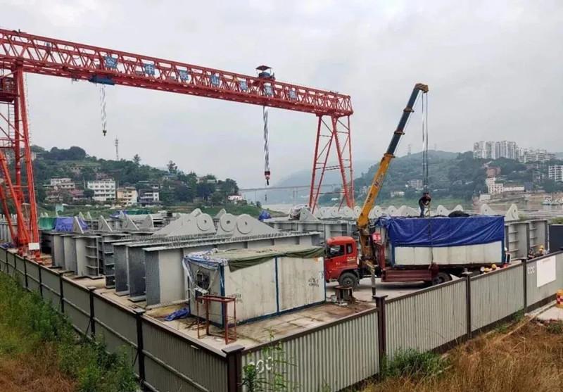 重庆水土嘉陵江大桥、宝成铁路涪江大桥经受洪水考验