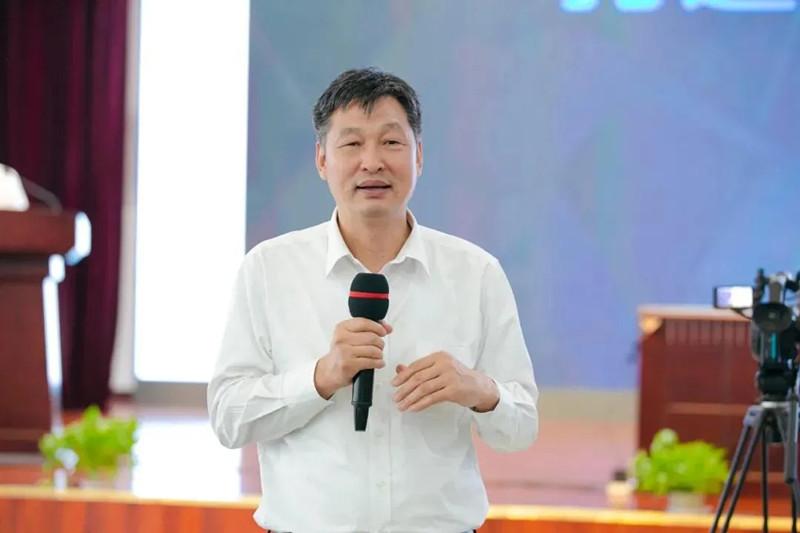 """钱永刚到中铁工业讲述""""钱学森创新事迹"""""""