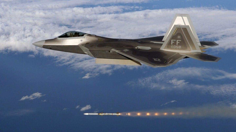 追赶中国?美空军研制新型远程空空导弹AIM-260 对标霹雳-15