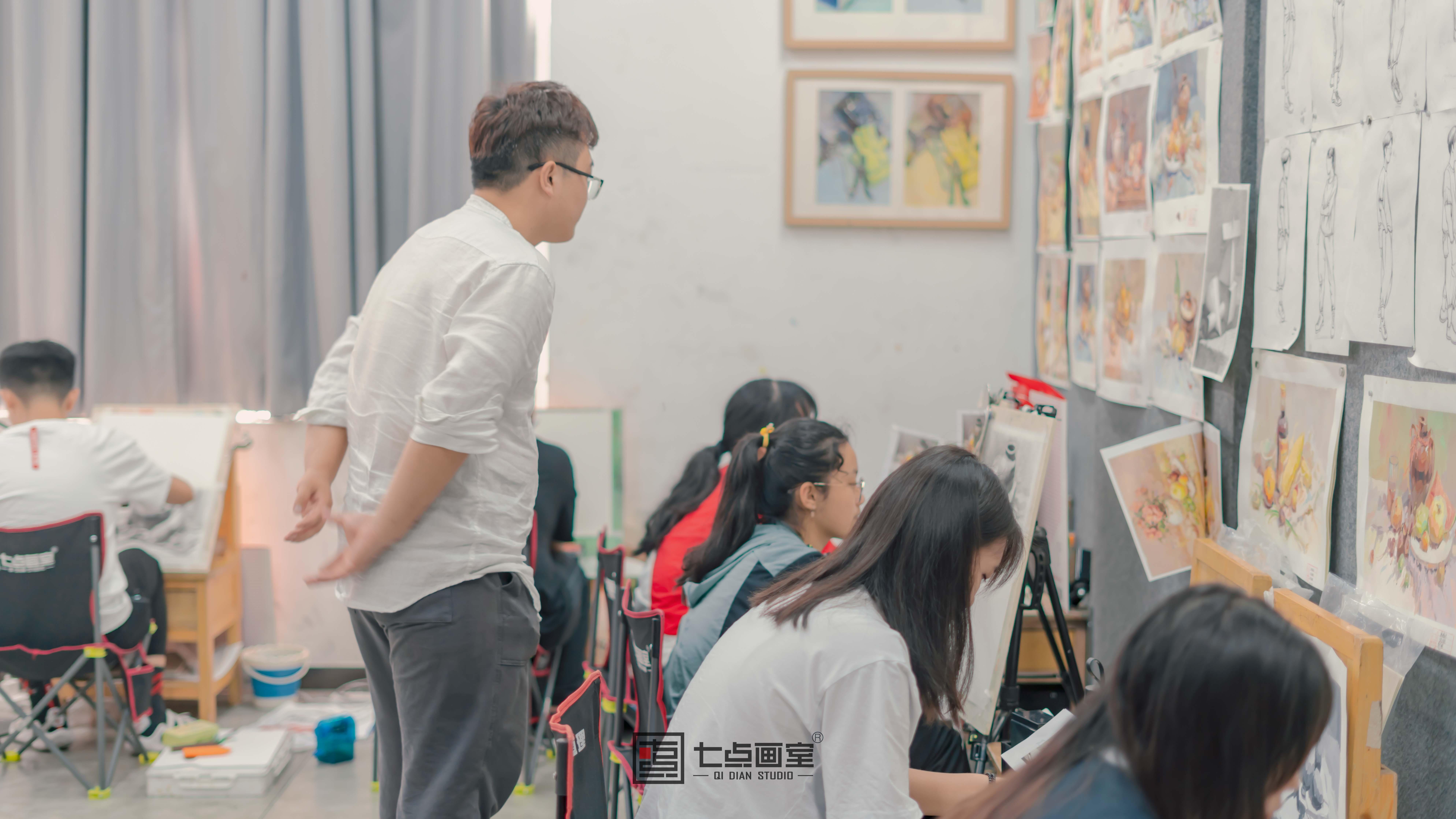 七点教师节丨我们不是超人,我们是美术老师