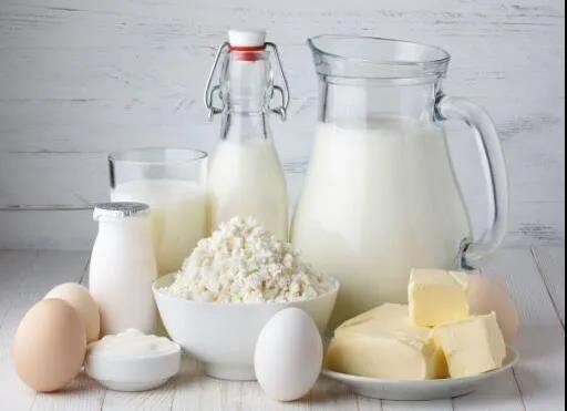霍军生:我国乳制品的监督抽检合格率连续3年在99%以上