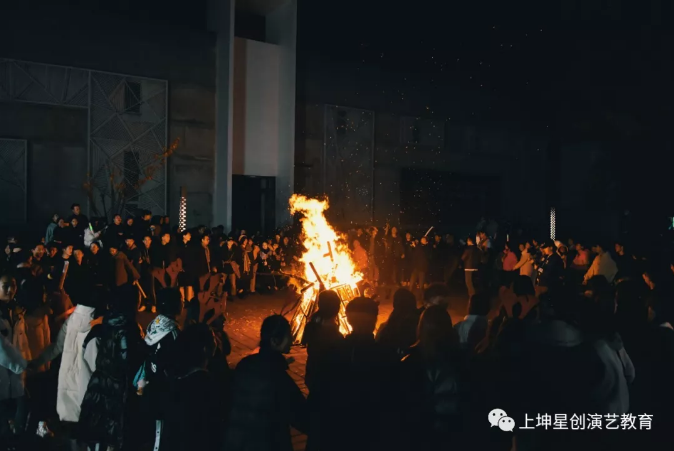 星之荣耀,创想辉煌丨上坤2020届艺术生毕业典礼
