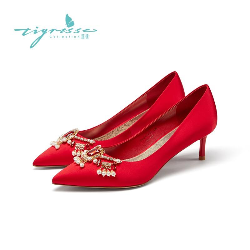 红色真丝浅口尖头细高跟婚鞋单鞋