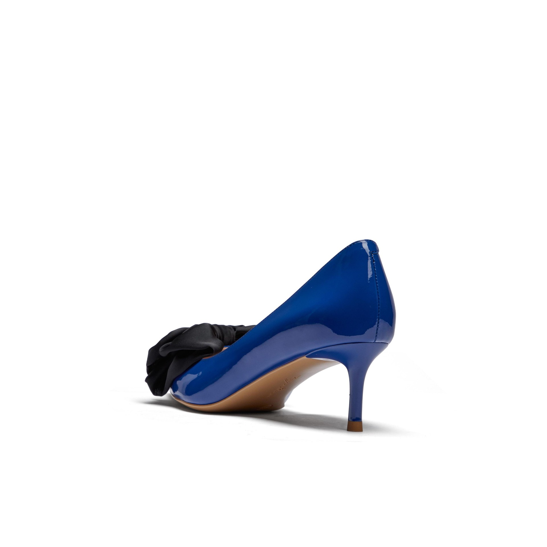 法式仙女风蝴蝶结气质中跟浅口单鞋