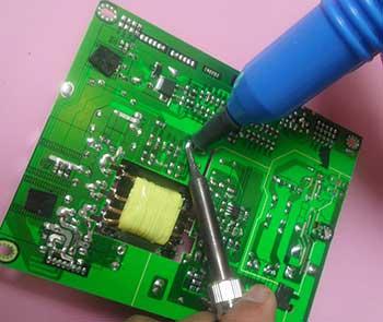 贴片芯片的拆焊方法